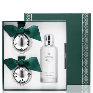 Molton Brown Fabled Juniper Berries and Lapp Pine Home and Festive Ornament Gift Set