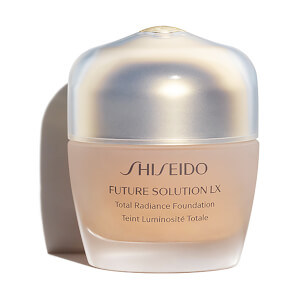 Shiseido Future Solution LX Total Radiance Foundation 30 ml (verschiedene Farbtöne)