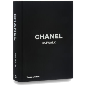 Thames and Hudson Ltd: Chanel Catwalk - The Complete Karl Lagerfeld Collections