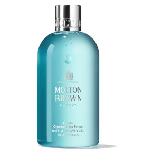 Gel de Duche e Banho Coastal Cypress & Sea Fennel da Molton Brown 300 ml