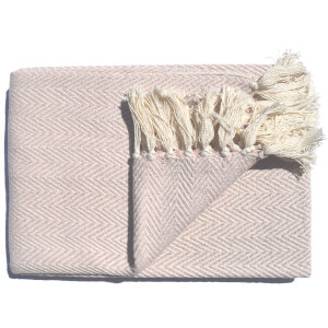 Rapport Skye Throw - Blush