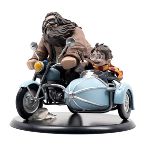 Limited Edition Harry Potter and Rubeus Hagrid Q-Fig MAX Vinyl Figure