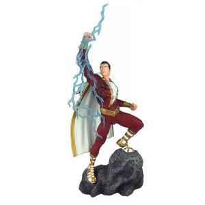 Shazam: DC Gallery PVC Statue: Shazam Comic 28cm