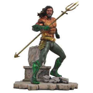 DC Gallery Aquaman PVC Statue 23cm