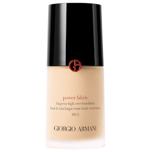 Base de maquillaje Power Fabric con FPS 25 de Giorgio Armani 30 ml (Varios tonos)