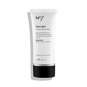 City Light Tinted Moisturizer SPF 15 (Various Shades)