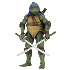 NECA Teenage Mutant Ninja Turtles (1990 Movie) 1/4 Scale Leonardo Figure