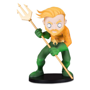 DC Collectibles DC Comics Aquaman by Chris Uminga Vinyl Figure
