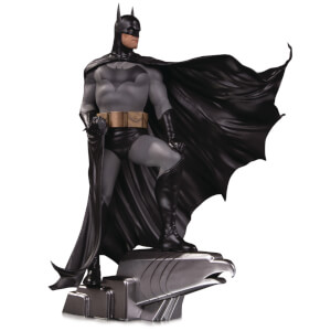 DC Collectibles DC Designer Ser Batman By Alex Ross Deluxe Statue