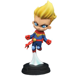 Diamond Select Gentle Giant Marvel Animated Captain Marvel Statue