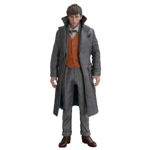 Hot Toys Movie Masterpiece 1/6 Scale Fully Poseable Figure: Fantastic Beasts: The Crimes of Grindelwald - Newt Scamander