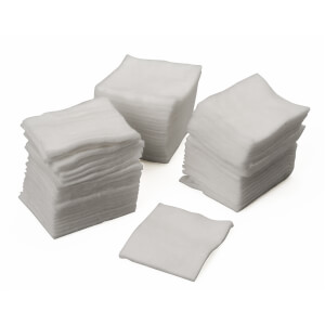 BeautyPro Disposable Cotton Squares (Pack of 100)