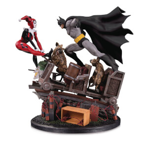 DC Collectibles DC Comics Batman Vs. Harley Quinn Second Edition Battle Statue