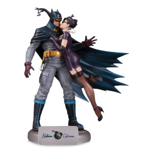 DC Collectibles DC Comics Bombshells Batman and Catwoman Statue