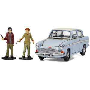 Harry Potter Enchanted Ford Anglia w/Harry and Ron figures Model Set - Scale 1:43