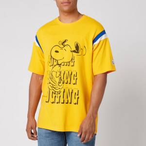 Levi's X Peanuts Men's Football T-Shirt Jogging Snoopy - Gold Fusion