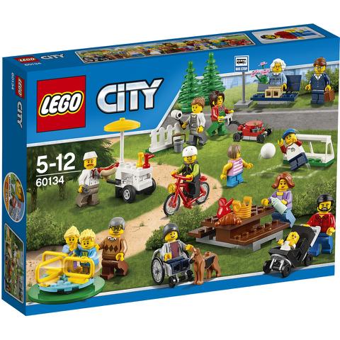 LEGO City: La parc de loisirs - Ensemble de figurines City (60134)