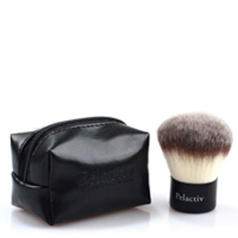 Pelactiv Kabuki Brush
