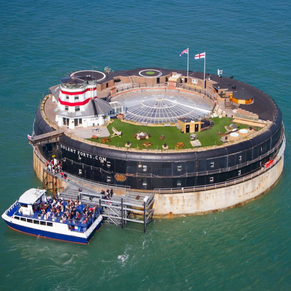 History Tour and Lunch for Two at No Man's Fort in the Solent