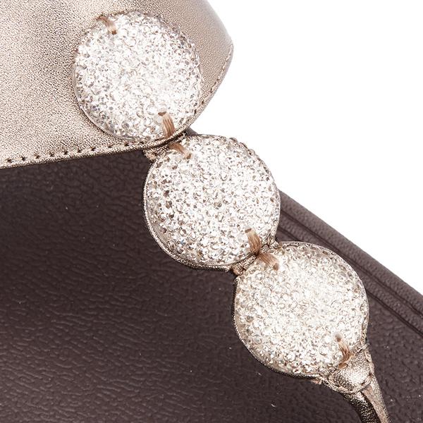 4a25edb40 FitFlop Women s Petra Sugar Leather Toe Post Sandals - Bronze  Image 4