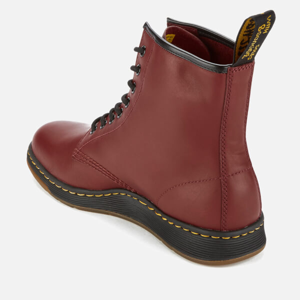 Dr. Martens Newton Lite Temperley Leather 8-Eye Boots - Cherry Red - UK 3 vecri58AI