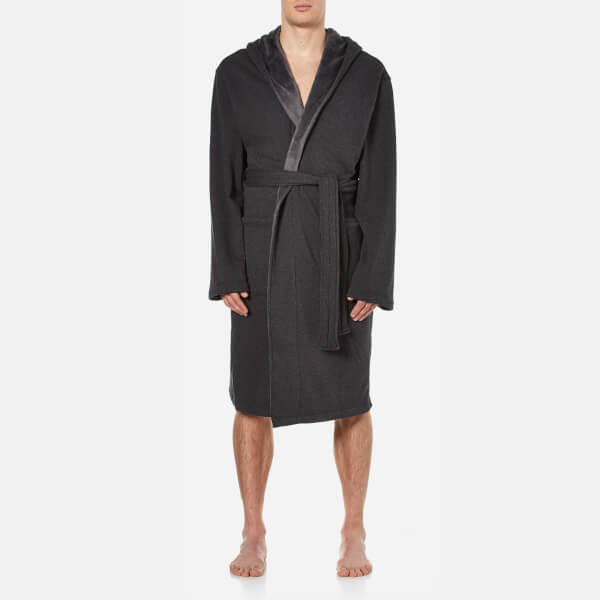 UGG Men\'s Heritage Comfort Brunswick Dressing Gown - Black Bear ...