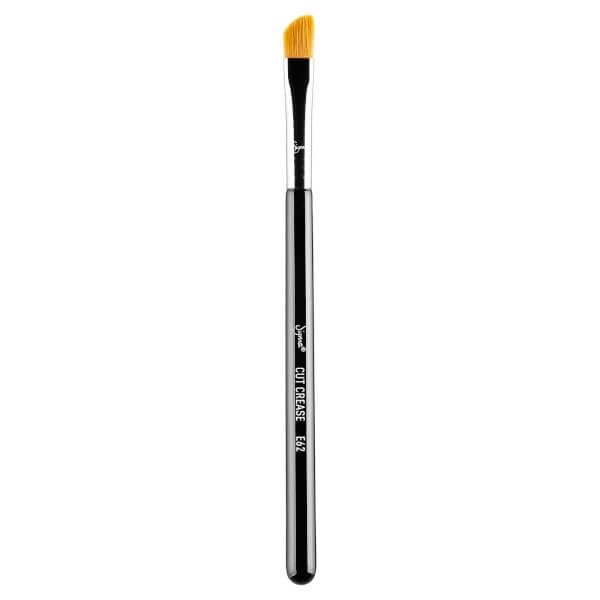 Sigma E62 Face Brush - Cut Crease