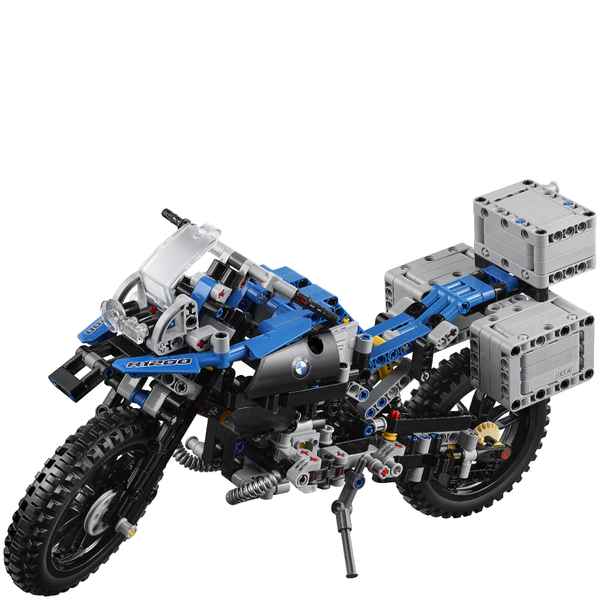 lego technic bmw r 1200 gs adventure 42063 iwoot. Black Bedroom Furniture Sets. Home Design Ideas