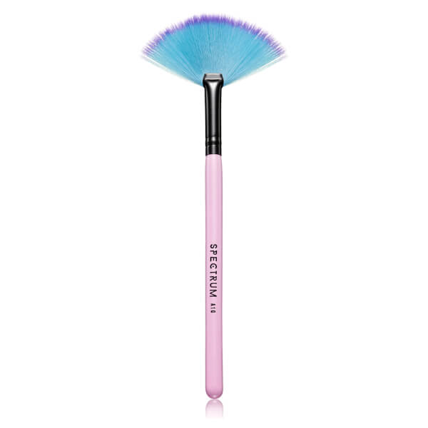 Spectrum Collections A10 Small Fan Brush