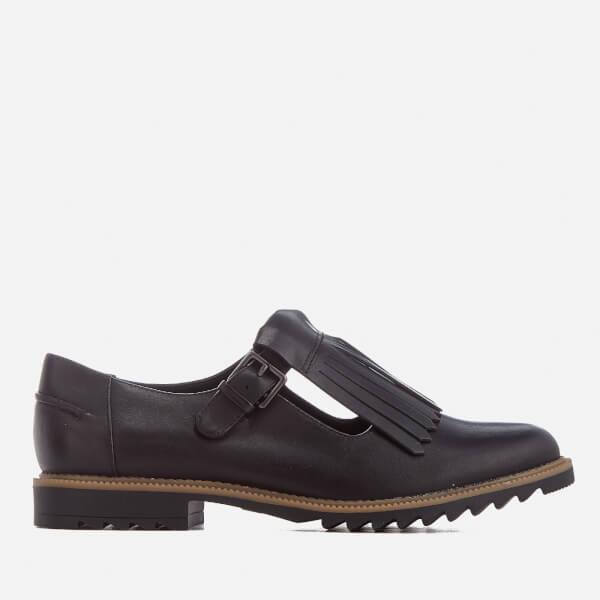 Clarks Women's Griffin Mia Leather Tassle Front Flats - Black