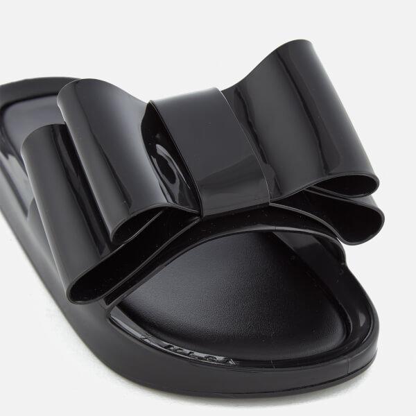 0b7e710ecbc24 Melissa Women s Beach Slide Bow 18 Sandals - Black  Image 6
