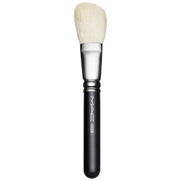 MAC 168SH Large Angled Contour Brush