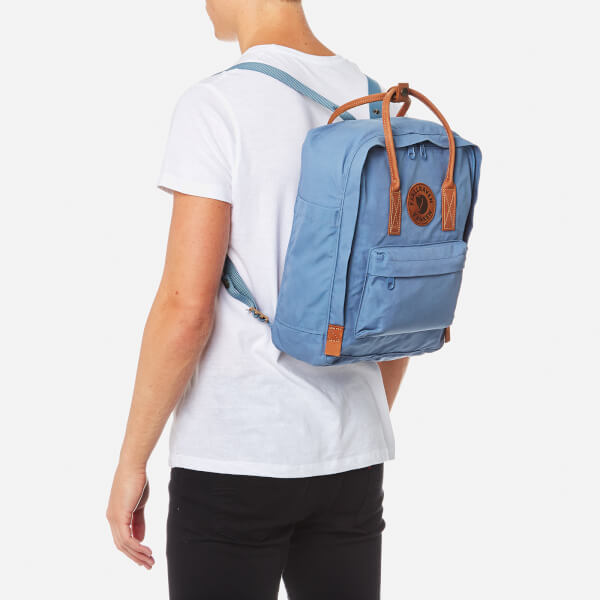 630a309ce41 Fjallraven Kanken No.2 Backpack - Blue Ridge: Image 3