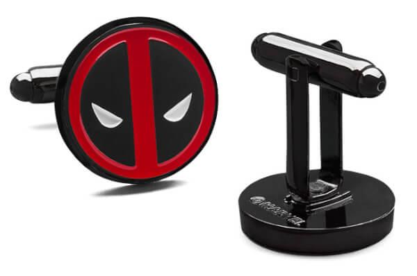Marvel Deadpool Cufflinks: Image 01