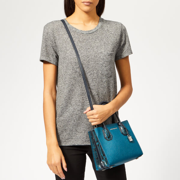 2d85318bc7ac MICHAEL MICHAEL KORS Women's Mercer Medium Messenger Bag - Luxe Teal: Image  3