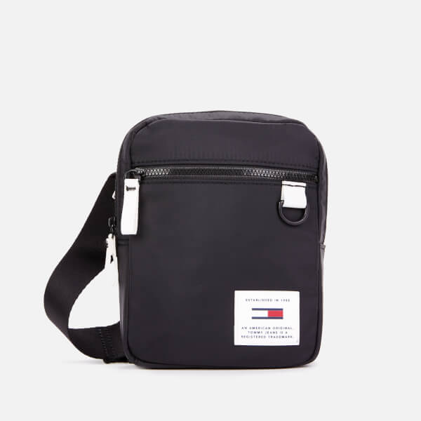 9340559e Tommy Hilfiger Men's Urban Tech Reporter Bag - Black: Image 1