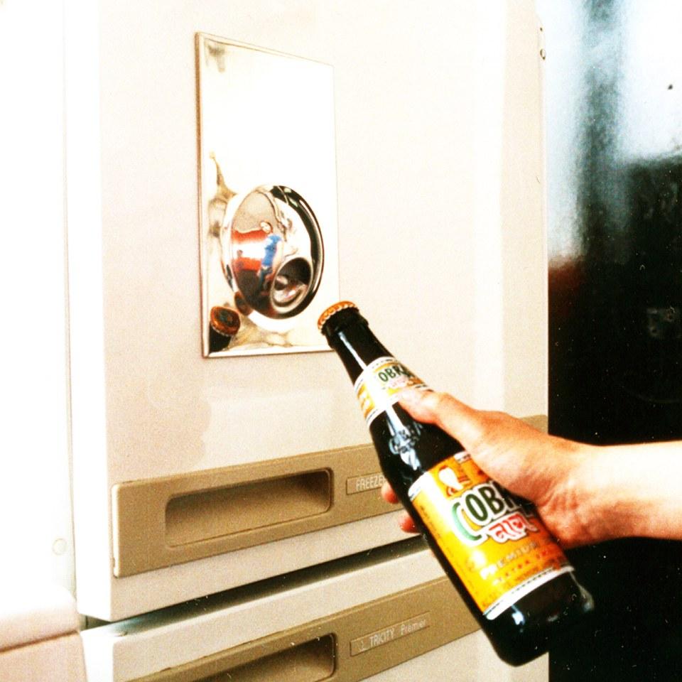 fridge magnet bottle opener iwoot. Black Bedroom Furniture Sets. Home Design Ideas