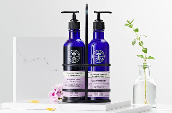 Organic Hand Skincare | Natural & Organic Beauty | Hand Moisturiser Products | Neal's Yard Remedies
