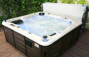 Spas, Hot Tubs & Pools