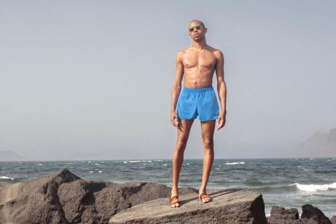 Männliche Urlaubs-Badebekleidung