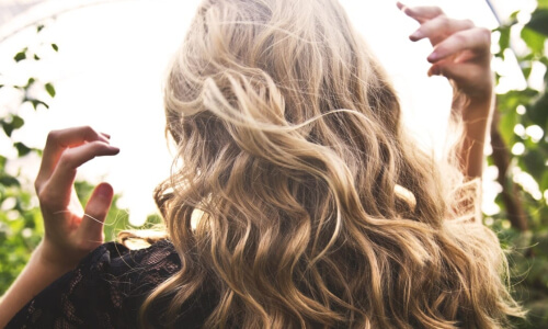How To: Curly Blow Dry
