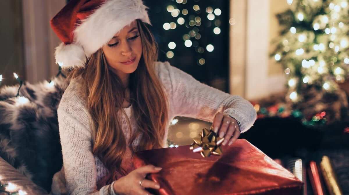 Die besten kleinen Weihnachtsgeschenke für Frauen