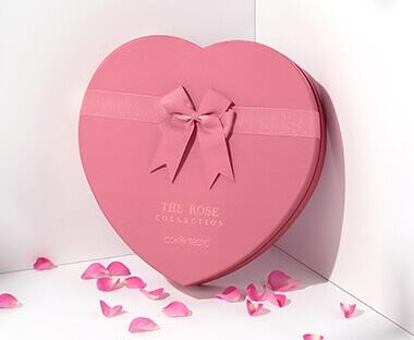 ¿Qúe hay dentro la Beauty Box Rose Collection?
