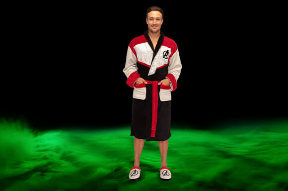 ZAVVI EXCLUSIVE AVENGERS: ENDGAME  ROBE
