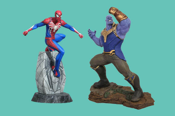 DIAMOND SELECT FIGURES & STATUES