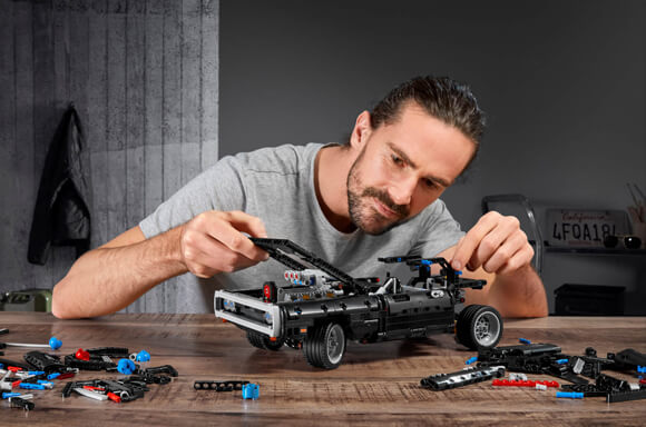 LEGO DODGE CHARGER DI DOM IN OFFERTA
